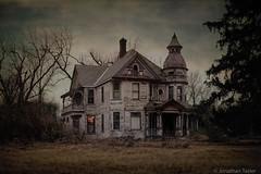 Victorian Dream Home (Jonathan Tasler) Tags: trees winter country creepy kansas victorianhouse spookyhouse