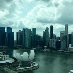 Singapore Skyline (scumdogsteev) Tags: sky clouds singapore skylines singaporeskyline singaporeflyer