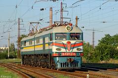 UZ VL8M-1215, Mariupol, 2010/07/07. (lg-trains) Tags: trains ukraine ukrainian railways trainspotting uz     vl8 8 8