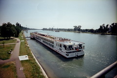 2013  (chunhao93) Tags: voyage travel people france boat lomo europe ship crowd strasbourg vivitar    gernany