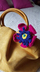spilla coccarda (stranelane1) Tags: flower lana wool tricot knitting brooch knit knitted fiore spilla maglia cockade coccarda