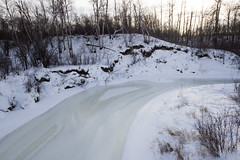 Unique patterns of melting water on Beaver Creek (Jim 03) Tags: grass creek river centre conservation jim beaver valley short 1984 area prairie saskatchewan meewasin 1979 sites microcosm interpretive uncultivated jimhoffman jhoffman jim03 wwwflickrcomphotosjhoffman2013 wwwjimahoffmancom