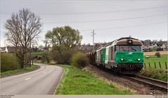SNCF 467494 + 467597 @ Tubize (Wouter De Haeck) Tags: belgië belgique infrabel l115 clabecq clabecqmarchandises quenast waalsbrabant brabantwallon tubize ripain sncf sociéténationaledescheminsdeferfrançais sncffret bb67000 brissonneauetlotz cargo steenslag ballast somain
