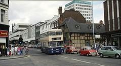 WMT 6613, Victoria Street, Wolverhampton, 1987 (Lady Wulfrun) Tags: street austin 1st 1987 saturday august mini victoria stourbridge leyland fleetline wolverhampton victoriastreet bl bellstreet 556 6613 decor8 wmt skinnerstreet manderhouse wmpte sda613s