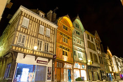 """"""" Rue mile Zola  Troyes"""" (Nans....974) Tags: voyage travel urban night troyes canon  maison rue nuit emile visite zola urbain colombages 24105mn travelawesome villedetroyes"""