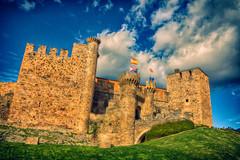 Otra vista del Castillo. (Gabriel Fr) Tags: de los len castillo bierzo ponferrada templarios gabrielfdez