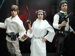 Rebel Alliance (Pooh's World) Tags: starwars harrisonford carriefisher lukeskywalker leia hansolo anewhope markhamill hottoys princessleiaorgana