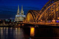 Cologne Cathedral and Hohenzollern brigde (uw67) Tags: blue cathedral cologne kln bluehour ostern rhine rhein brigde hohenzollern hohenzollernbrcke