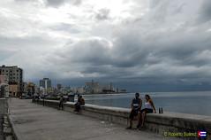 Malecn (Roberto Surez ( Cuba en Fotos )) Tags: mar habana malecn lahabana