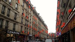 Rue Cail (THEfunkyman) Tags: paris rue indien lampion cail