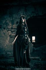 Pandora Beck (MaxiKohan) Tags: woman girl dark photo foto dress antique magic gothic mito witchcraft myth gótica brujería darkwoman mysitic maxikohanphotography mísitica pandorabeck