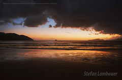 Santos sunset (Stefan Lambauer) Tags: sunset pordosol sea brazil sky praia beach brasil mar br sopaulo orla santos 2016 stefanlambauer