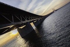 An Iron Connection II (Mabry Campbell) Tags: bridge sunset seascape water photography coast march photo skne europe photographer image fav50 sweden fav20 coastal photograph 100 sverige 40mm scandinavia fav30 malm malmo bron 2012 fineartphotography resund f40 waterscape curving resund resundsbron architecturalphotography skane commercialphotography fav10 ef1740mmf4lusm editorialphotography fav40 fav60 architecturephotography fav70 houstonphotographer sec mabrycampbell march22012 201203024172