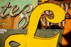 L (Sam Scholes) Tags: trip las vegas vacation color sign yellow museum us rust colorful peeling paint neon unitedstates lasvegas anniversary nevada rusted peelingpaint neonsignmuseum theneonmuseum