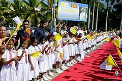 pop's visit sri lanka 2015 like us on facebook http://ift.tt/1CzROsA (srimaal) Tags: fun amazing shock httpathirasanewsblogspotcom201602popsvisitsrilanka2015html