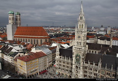 Marienplatz seen from Pfarrkirche St. Peter, Munich, Germany (JH_1982) Tags: new city urban panorama st skyline germany munich mnchen observation bayern deutschland bavaria town hall cityscape looking view down monaco deck peter observatory di alemania aussicht rathaus frauenkirche allemagne marienplatz germania neues baviera     urbanity munique pfarrkirche monachium  mnich aussichtsplattform     aussichtsdeck