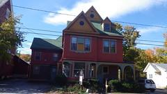 New Boston, NH - IMGP2268 (catchesthelight) Tags: autumn fall colors colorful nh fallfoliage foliage byway leafpeeping newbostonnh newhampshirefallfoliage wwwgeneralstarkbywayorg generaljohnstarkscenicbyway