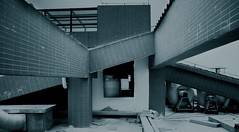 (pwl147258) Tags: blue roof black building texture sony perspective a7 disappear