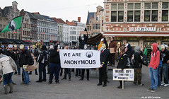 Anonymous OpAwakening Gent (Red Cathedral is alive) Tags: march mask cosplay protest guyfawkes vforvendetta banners anonymous groupshot gent resistance resist larp manifestation gunpowderplot occupy eventcoverage aztektv millionmaskmarch leftwingdemonstration opawakening