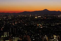 Sunset at Tokyo - 20160211 (HAMA-ANNEX) Tags: sunset dusk k3 smcpentaxda55mmf14sdm