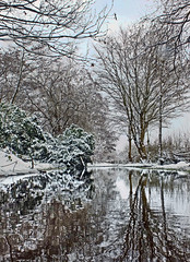 Snow reflected (geoff7918) Tags: snow birmingham walkway hallgreen johnmorrisjones rcole 24032013