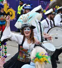 La Dame de Pirates Alley - Krewe of Tucks parade (Monceau) Tags: walking women colorful neworleans parade mardigras beadwork piratesalley streetnames kreweoftucks damesdeperlage