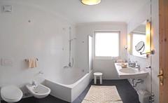 Bath I (Hotel Teresa) Tags: st de hotel al san rooms zimmer plan val di teresa vigil alto dolomites dolomiti badia sdtirol adige dolomiten camere  mareo marebbe vigilio gadertal enneberg