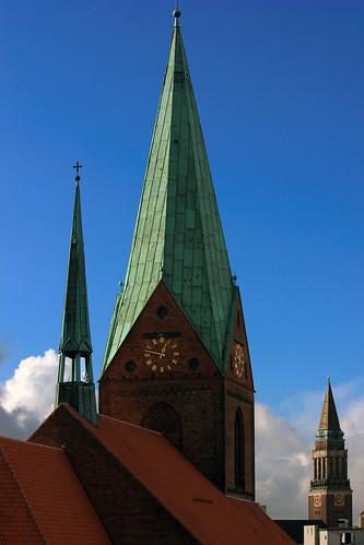 "Vom Turm zum Turm (04.1) • <a style=""font-size:0.8em;"" href=""http://www.flickr.com/photos/69570948@N04/25157741191/"" target=""_blank"">View on Flickr</a>"