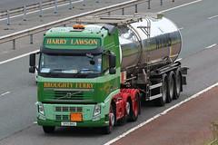 SP13BKU - Harry Lawson (TT TRUCK PHOTOS) Tags: lake harry killington m6 tanker lawson