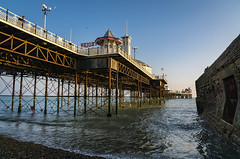 Late afternoon at the pier (hehaden) Tags: sea beach sunshine sussex pier brighton afternoon bluesky pebbles flint groyne brightonpier palacepier