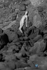 Origin (Jarleon-Fotografía) Tags: blackandwhite bw byn blancoynegro naked nude blackwhite rocks fuerteventura modelo rocas islascanarias desnudo artisticnude aziza desnudoartistico tebeto jarleon jarleonfotografia