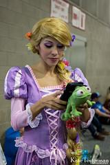 IMG_2419_WC.jpg (ktbuffy) Tags: cosplay disney rapunzel wondercon disneyprincesses cosplayersontheirphones