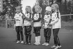 Enjoying football 7 (JP Korpi-Vartiainen) Tags: game girl sport finland football spring soccer hobby teenager april kuopio peli kevt jalkapallo tytt urheilu huhtikuu nuoret harjoitus pelata juniori nuori teini nuoriso pohjoissavo jalkapalloilija nappulajalkapalloilija younghararstus