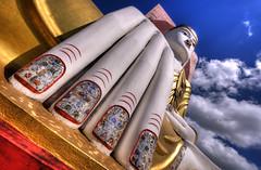 The protector (Saint-Exupery) Tags: nikon buddha burma myanmar buda budismo birmania