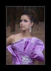 Elba Mara (Alejandro Zeren Homs) Tags: mujer arboles retrato bosque monte vestido simpatia etiqueta laesperanza sencillez laslagunetas naturalidad alejandrozerenhoms zeren elbamara