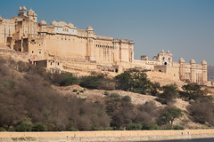 Zoltan Papdi 2015-1011 (Papdi Zoltan Silvester) Tags: panorama india building horizontal architecture landscape amber asia fort lac palace structure subject monuments vue jaipur couleur espace types rajasthan locations amer inde ambre matter grandiose rjasthn