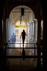 Leading Lines (Thomas Hawk) Tags: vacation silhouette mexico hotel cabo julia fav50 hilton spouse resort wife bajacalifornia baja cabosanlucas loscabos juliapeterson fav10 fav25 hiltonloscabos mrsth loscaboshilton