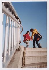 insta101 (sudoTakeshi) Tags: film kids 35mm children fuji ueno brothers natura 35mmfilm half fujifilm filmcamera     staires natura1600 halfcamera     goldenhalf