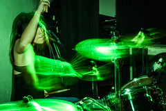 (macarenalovatto) Tags: music green girl drums lights band brum