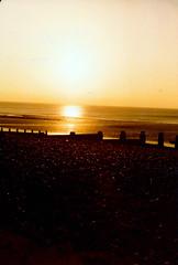 Saltburn-by-the-Sea Sunset Nov 1980 IMG_0010 (photographer695) Tags: sunset film lens 14 olympus 55mm ii 1980 sept 60 56 kodacolor om2n saltburnbythesea
