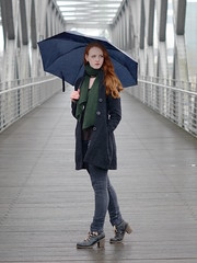Fashion in the rain (Ben Gun) Tags: bridge portrait people female hair 50mm ginger model nikon wasser dof harbour f14 hamburg redhead nikkor redhair hafen brcke speicherstadt regen hafencity nass regenschirm eklig tiefenschrfe d7100 eklich