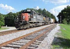 HLCX 6431 leads CSX L542-14 in Tyrone, GA (RedneckRailfan610) Tags: railroad atlanta ga georgia manchester god sub terminal sp redneck ge railfan csx tyrone emd c408 sd40r l542 june2015 hlcx6341 csx7573