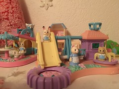 Cute Critters Enjoy Burgers and Park Play (andersonsmith.katie) Tags: miniature families calico polly critters pocket gashapon sylvanian