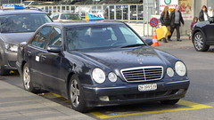 Mercedes W210 Taxi in Zrich 3.1.2016 0006 (orangevolvobusdriver4u) Tags: mercedes schweiz switzerland taxi mercedesbenz teksi 2016 busbahnhof w210 sihlquai mercedesw210 mercedesbenzgermany archiv2016