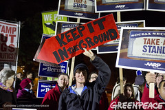Keep It In The Ground (Greenpeace USA 2015) Tags: usa democracy durham newhampshire vote republican democrat keepitintheground