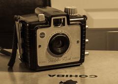 OLD SCHOOL (aldogiraldo) Tags: camera oldschool tradition cohiba