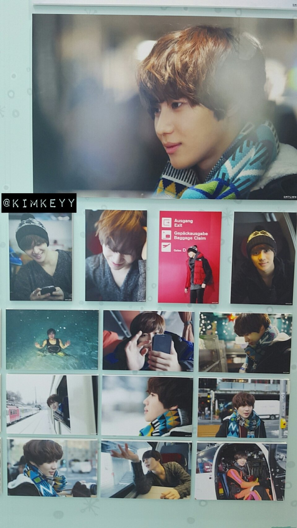 SHINee @ SHINee Surprise Vacation Exhibition 24680269644_452ab7313c_o