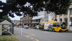 Cambridge Terrace (andrewsurgenor) Tags: city newzealand urban bus buses yellow electric busse transport transit nz wellington publictransport streetscenes omnibus trolleybus obus trolleybuses citytransport trackless nzbus gowellington
