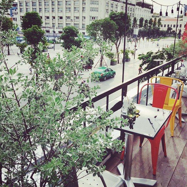 she-terrace-cafe-80022-1437989502