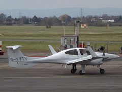 G-VVTV Diamond Twin Star 42 (Aircaft @ Gloucestershire Airport By James) Tags: star james airport twin gloucestershire diamond 42 lloyds egbj gvvtv